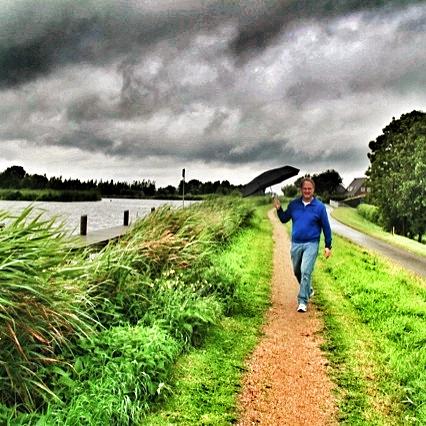 Regenachtige voetnoot tocht langs de Vlaardingse Vaart