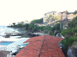 Uitzicht op de zijzijde van Fort Jesus